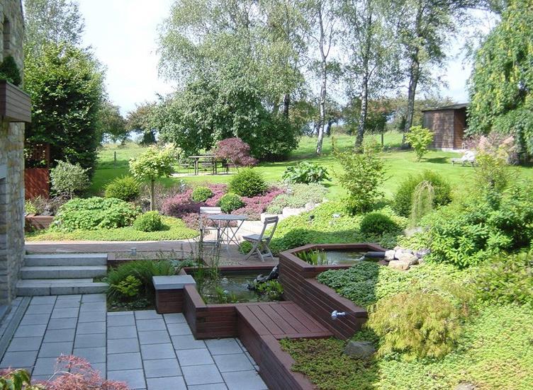 amenagement jardin forte pente le sp cialiste de la. Black Bedroom Furniture Sets. Home Design Ideas