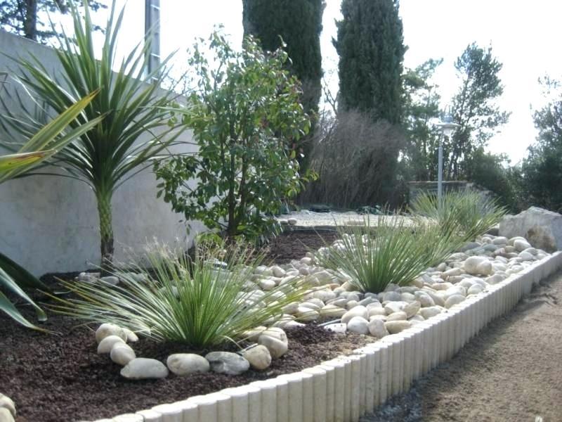 Amenagement jardin gravillon le sp cialiste de la - Decoration allee de jardin ...