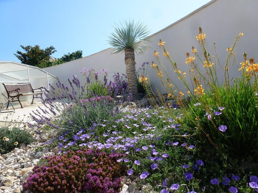 amenagement jardin mediterraneen - le spécialiste de la décoration ...