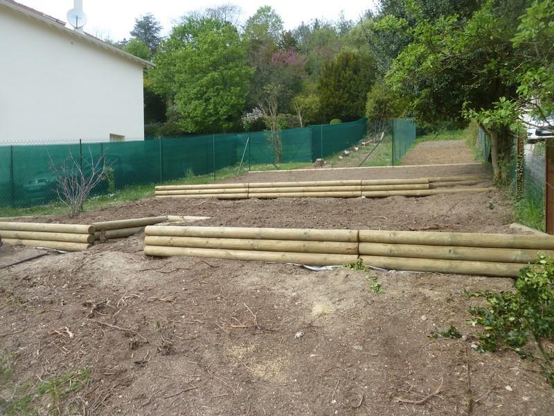 amenagement jardin rondin bois - le spécialiste de la décoration ...