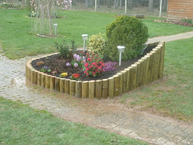 Amenagement jardin rondin bois le sp cialiste de la d coration ext rieur - Amenagement jardin bois ...
