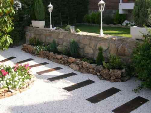 decoration exterieur avec pierre